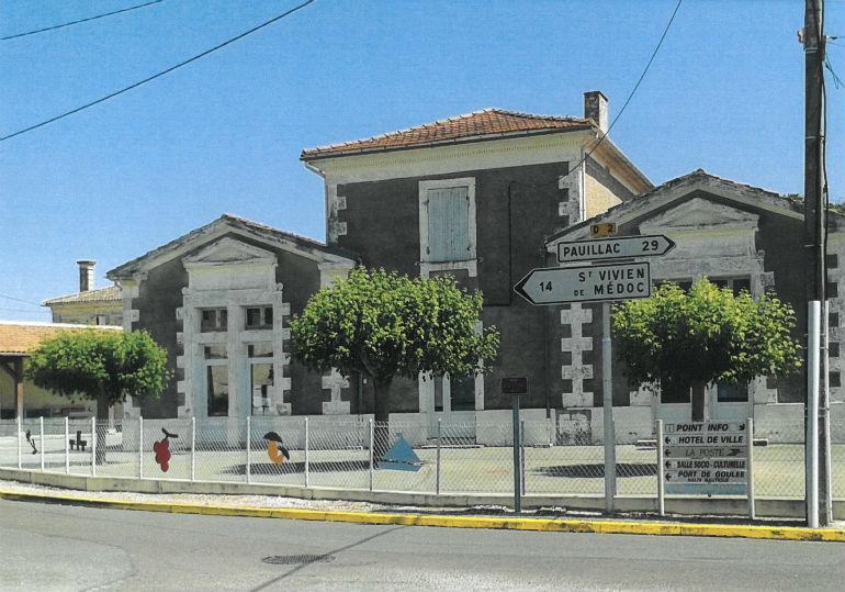 photo de l`école de Valeyrac