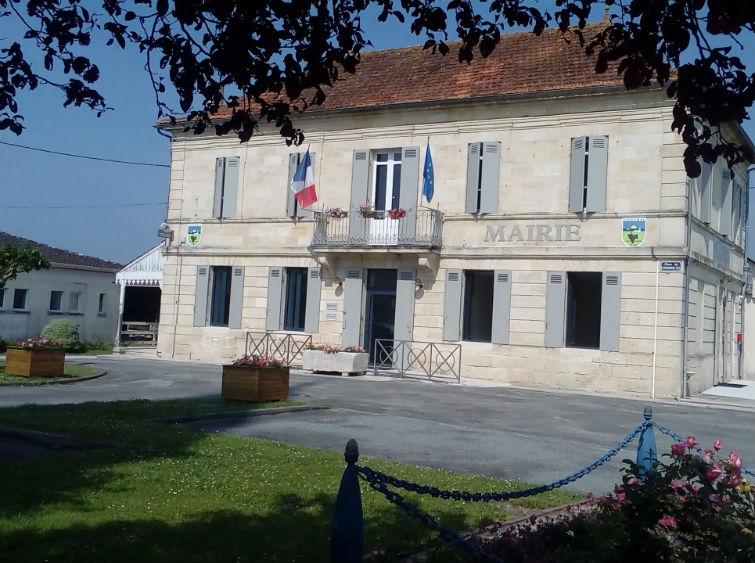 facade mairie valeyrac