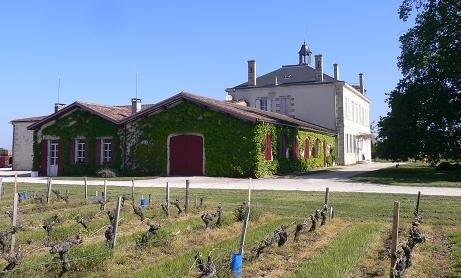chateau le Bourdieu location gites sur valeyrac